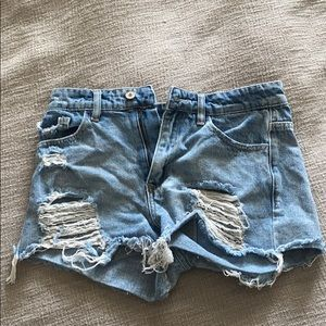 VICI Relaxed Fit Cut-Off Shorts